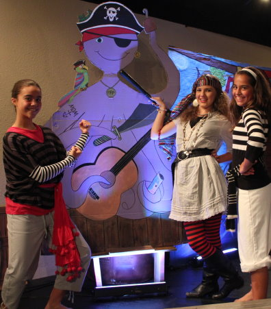 Samantha Axe, Smee, and Fee take on Bob, the resident octopus