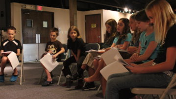 Kyle, Keaton, Lydia, Jackie, Hailey, Abby G., Taylor, and Riley get first look at script